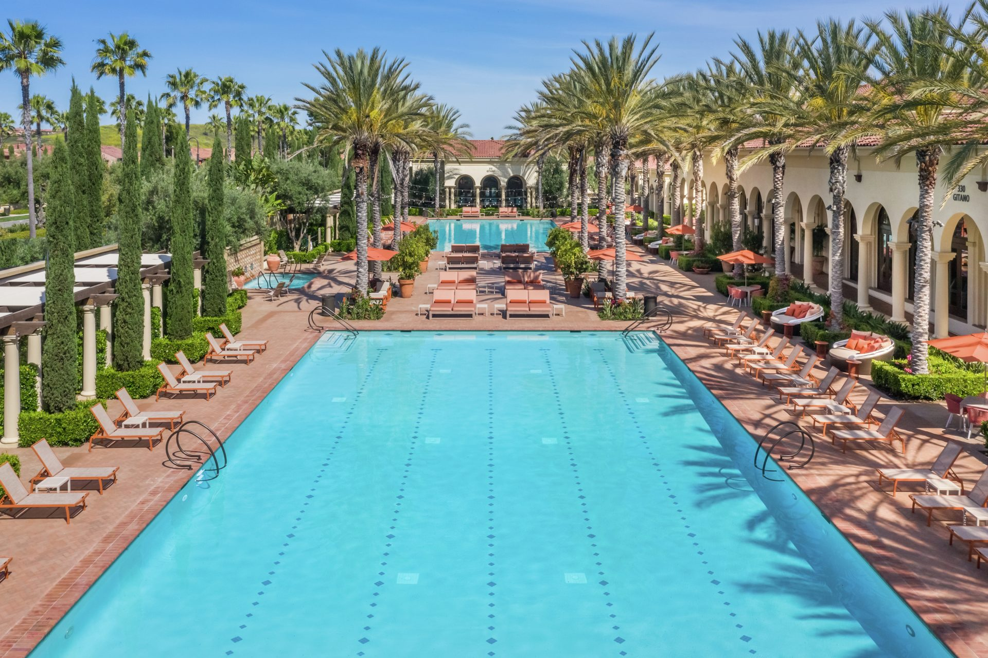 View of the pool at Los Olivos Apartment Village. Lamb 2013.